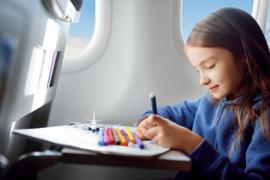 Comment occuper les (jeunes) enfants dans l'avion?