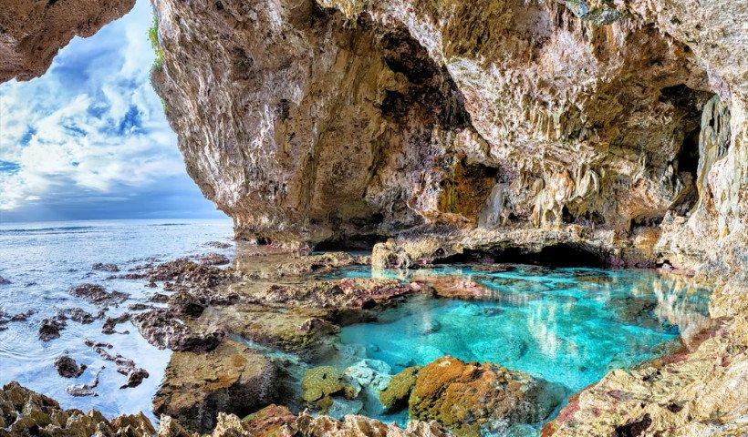 limestone-cave-niue