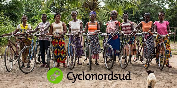 """Découvrez le programme """"Vélo Coopérant"""" pour les voyageurs actifs dans les jambes et dans le coeur!"""