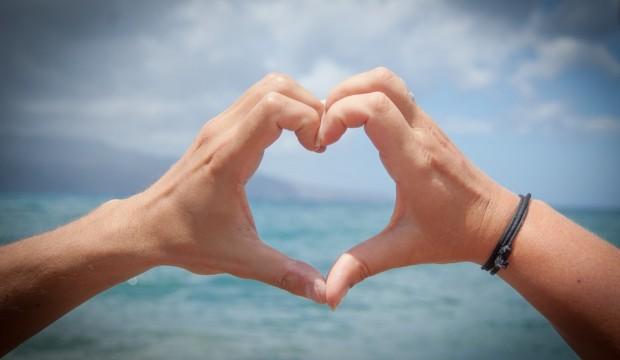 Peut-on trouver l'amour lorsqu'on voyage?