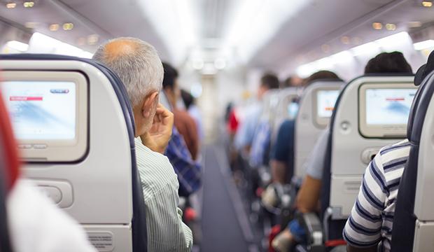 Le Canada va sévir contre le surbooking des avions