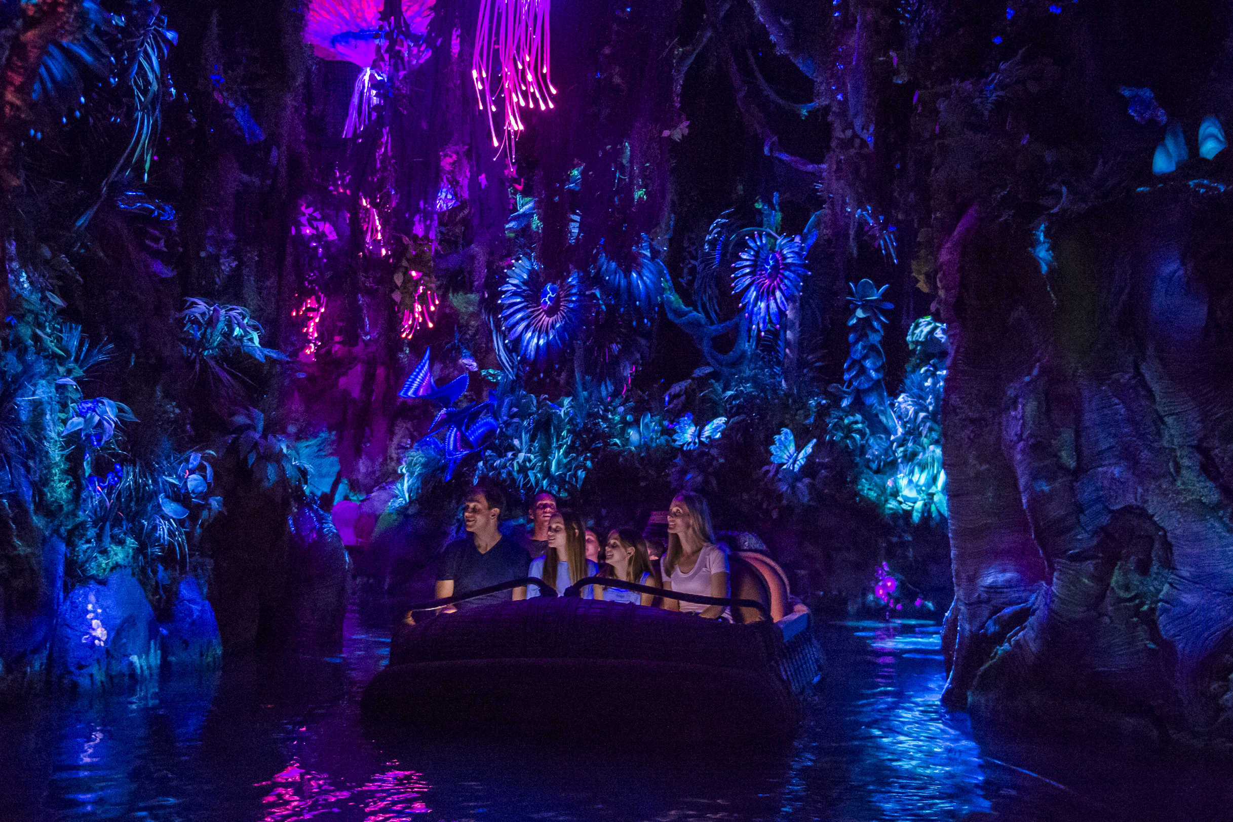 NaÕvi River Journey at Pandora Ð The World of AVATAR at Disney's Animal Kingdom