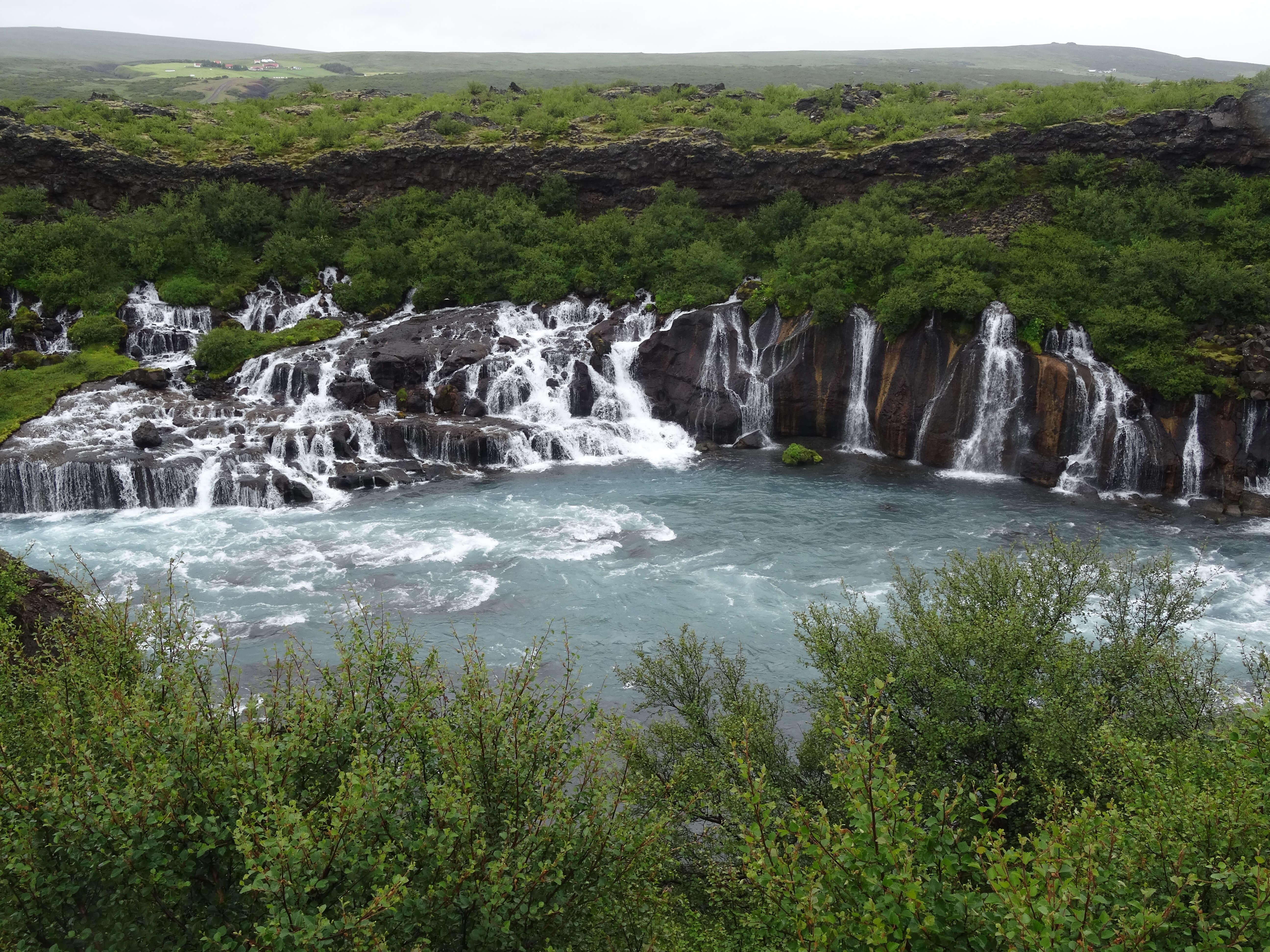 Islande Hraunfoss