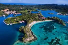 Westjet propose maintenant des vols pour Roatán, au Honduras