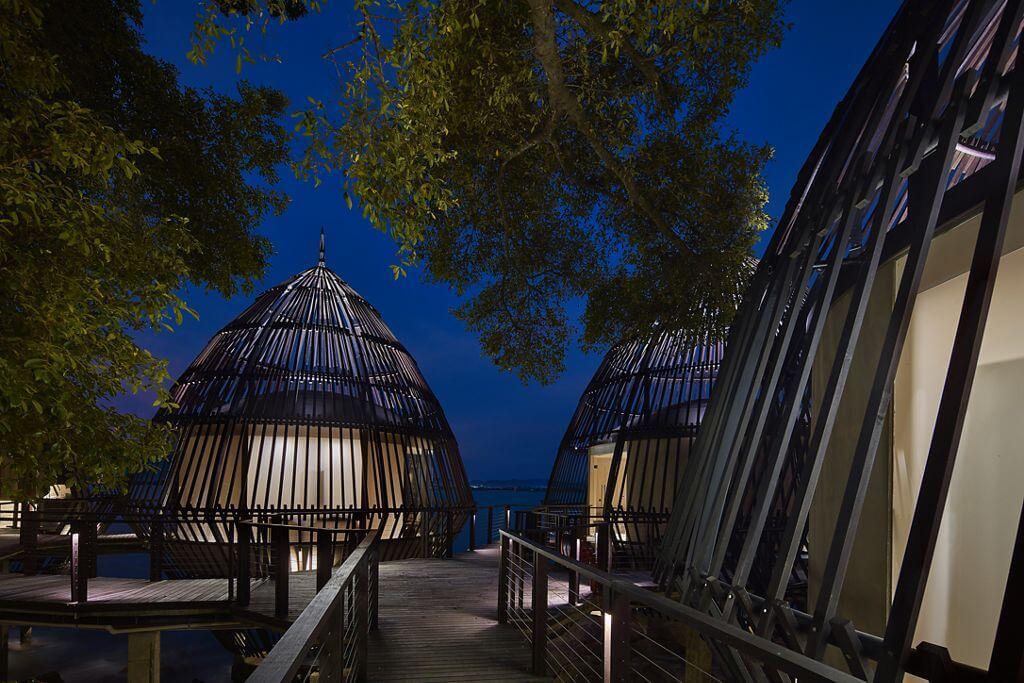 H 244 Tel Le Ritz Carlton D 233 Voile Un Petit Paradis Tropical