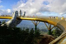 Le pont Doré, nouvelle attraction touristique spectaculaire au Vietnam