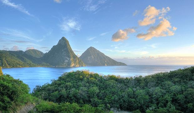 Royal Caribbean et Carnival s'associent pour la construction d'un nouveau port de croisière à Sainte-Lucie