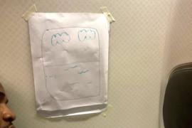 Un passager demande un siège hublot: voici ce que l'agent de bord lui propose