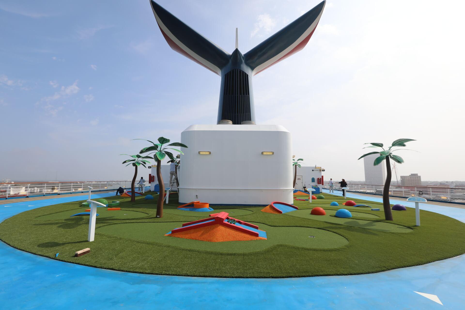 carnival freedom mini-golf