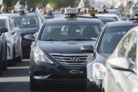 Grève des taxis: les voyageurs devront trouver d'autres alternatives pour se rendre à l'aéroport