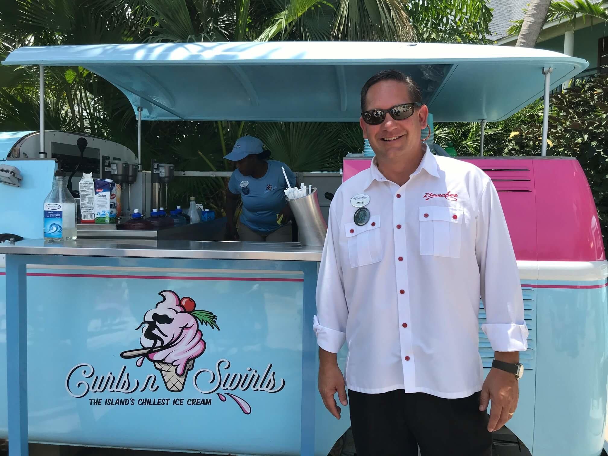 Jamie McAnally directeur général Beaches Turks & Caicos