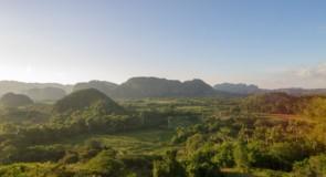 Viñales: découvrez Cuba autrement, entre nature verdoyante et culture de tabac