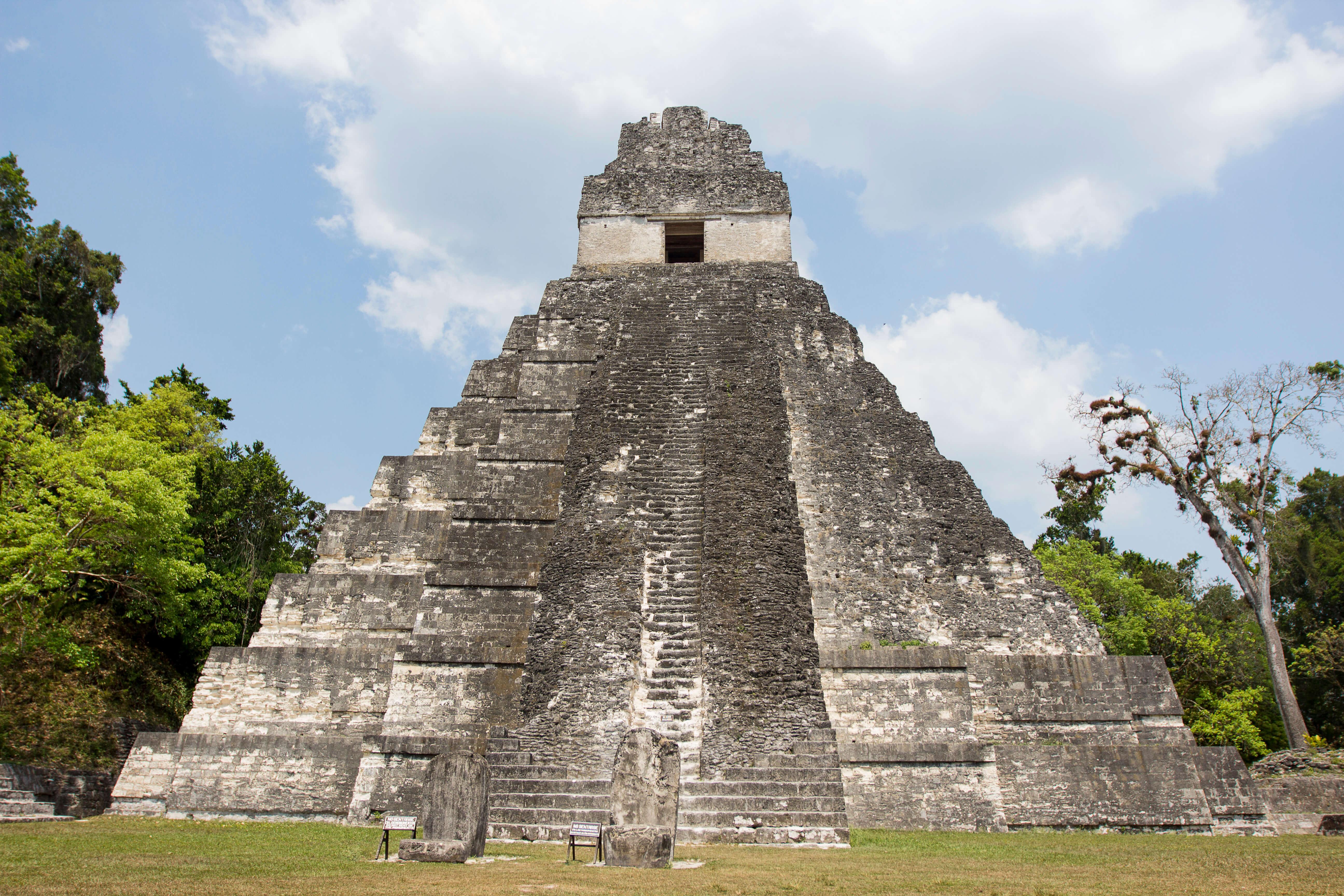 guatemala ruines g adventures