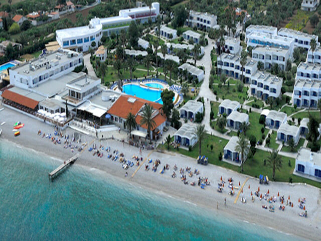 hôtel kinetta beach resort & spa