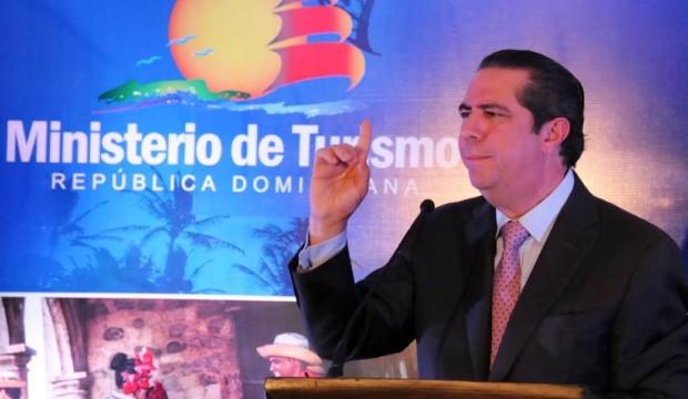 """République dominicaine: """"Il ne s'agit pas d'une vague de décès mystérieuse"""", explique le Ministre du Tourisme"""