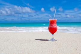 Costa Rica: 19 cas de décès pourraient avoir été causés par l'ingestion d'un alcool toxique!