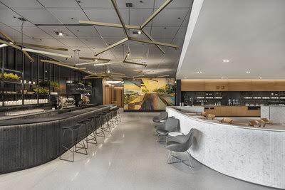 Ouverture du Café Air Canada à l'aéroport Toronto-Pearson, proposant aux clients une expérience aéroportuaire unique de café-bar