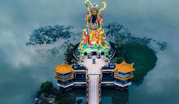 Des photos aériennes à couper le souffle des plus beaux temples asiatiques