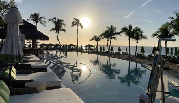Royal Caribbean signe un accord avec Antigua pour le lancement de son premier Royal Beach Club