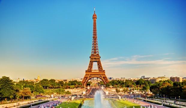 France: nouvelles mesures sanitaires et un contrôle renforcé aux frontières