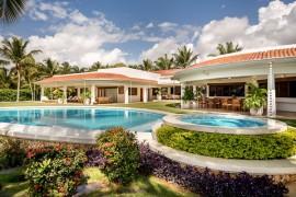 Réouverture et sécurité: Brisas, Casa de Campo, Four Seasons Los Cabos, Moon Palace