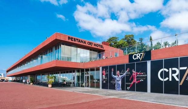 Cristiano Ronaldo inaugure son premier hôtel 'CR7'