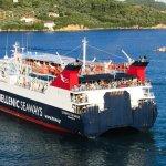 ferry hellenic grèce