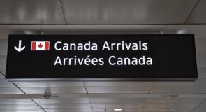 Des nouvelles exigences obligatoires pour les voyageurs se rendant au Canada
