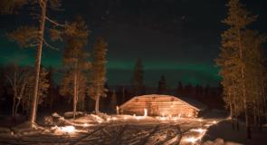 Devenez «elfe de Noël» en Finlande et passez vos nuits à admirer les aurores boréales
