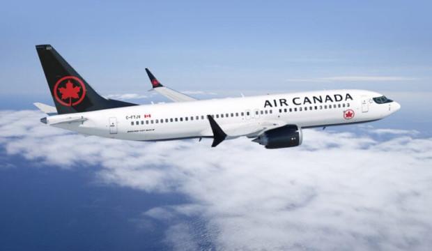 Air Canada réintègre des services à bord et abandonne la distanciation sociale dès juillet