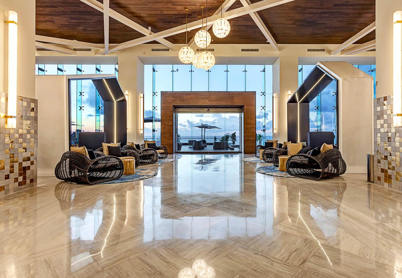 Royalton Suites Cancún Resort & Spa lobby