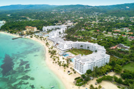 RIU inaugure son premier parc aquatique en Jamaïque