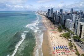 Covid19: le Brésil rouvre ses frontières aux touristes internationaux malgré la situation critique sur place