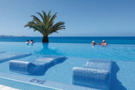 Espagne: les îles Canaries couvrent les visiteurs pour les dépenses liées au COVID-19