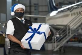 En images : WestJet réalise un Miracle de Noël en faisant des dons aux communautés locales