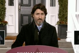 """Si vous avez l'intention de partir cet hiver : """"annulez votre voyage"""", dit M. Trudeau"""
