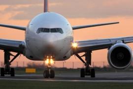 Les tarifs des transports aériens devraient rester stables, selon Alexandre de Juniac de l'IATA